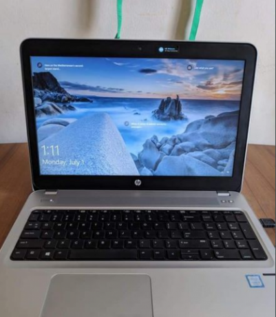 hp-g4-core-i5-7th-gen-full-fresh-with-dedicated-graphics-big-2