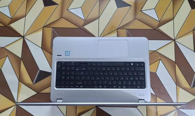 hp-g4-core-i5-7th-gen-full-fresh-with-dedicated-graphics-big-1